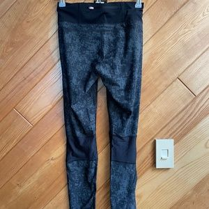 Sweaty Betty Leggings NWOT with Mesh Feature